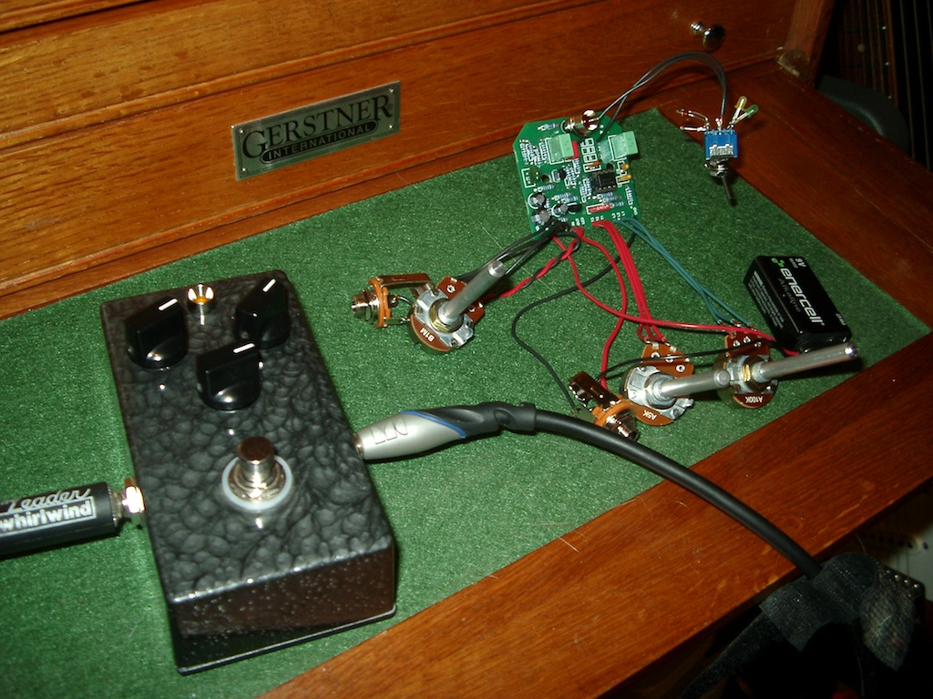 2n3904 Hot Bottles Very Simple Preamplifiers Using Od1 Refuses To Make Eye Contact With The Conspicuously Naked Od2