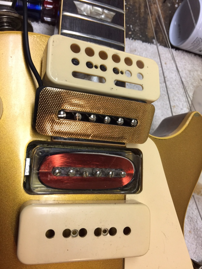 Original P90 neck pickup and new Gold Foil